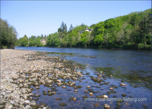 Low water on the MacIntyre pool, River Ness